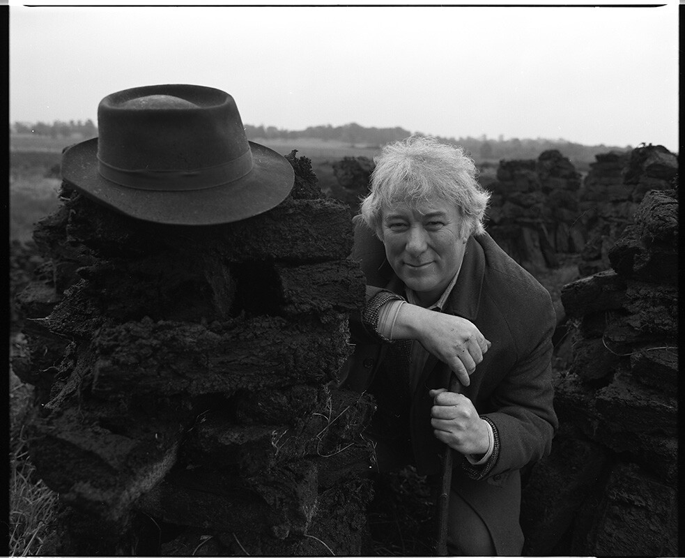 Seamus Heaney turf cutting